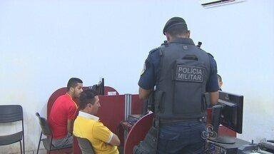 Polícia prende dois homens com drogas, em Porto Velho - A prisão ocorreu no momento em os suspeitos iriam fazer a distribuição da droga.