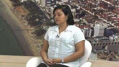 Especialista fala sobre o Dia Mundial de Combate a Aids - A coordenadora do Programa DST/ Aids, Sandra Gomes, explica sobre números de novos casos da doença.
