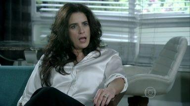 Mariah se assusta com a frieza de Aline - Ela fica impressionada em ver como Aline trata a questão da maternidade