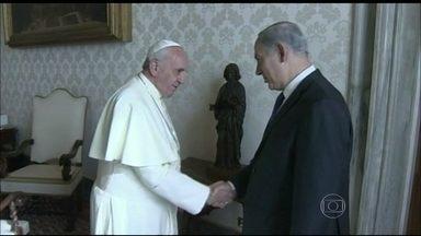 Papa recebe o primeiro-ministro de Israel no Vaticano - No primeiro encontro entre o Papa Francisco e Benjamin Netanyahu, os assuntos foram a guerra civil da Síria e o programa nuclear iraniano.
