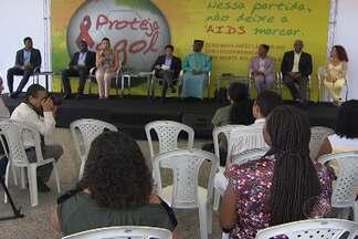 Campanha 'Proteja o Gol' é lançada na manhã desta quinta em Salvador - A campanha internacional tem o objetivo de utilizar o esportre para promover ações de conscientização sobre o vírus HIV.