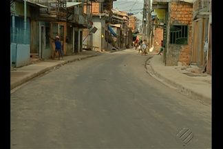 Problemas de alagamento são revolvidos em passagem no bairro da Terra Firme - Confira na reportagem.