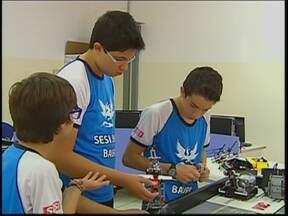 Estudantes do Centro-Oeste Paulista participam de campeonato de robótica do Sesi - Começou em Presidente Epitácio, o campeonato estadual de robótica do Sesi e várias escolas do Centro-Oeste Paulista participam com inventos que merecem a atenção da iniciativa privada.