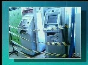 Polícia continua buscas por homens que tentaram explodir caixa eletrônico em Colinas do TO - Polícia continua buscas por homens que tentaram explodir caixa eletrônico em Colinas do TO