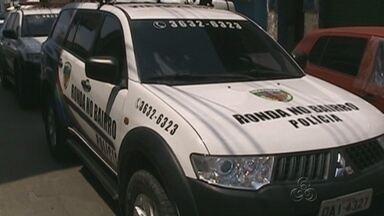 Joalheria é alvo de assaltantes em Manaus - Houve troca de tiros e um jovem foi atingido; três pessoas acabaram presas.