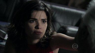 Aline sai de casa e deixa César sozinho - O médico não permite que a esposa procure Lutero