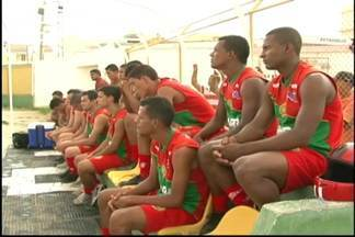 Juazeirense começa a se preparar para o Campeonato Baiano de 2014 - No elenco, atletas conhecidos e um atacante com experiência internacional como novidade.