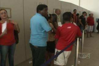 Fórum Eleitoral de São Luís continua funcionando no fim de semana para recadastrar eleitor - Recadastramento Biométrico termina no dia 19 de dezembro.