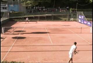 Atletas disputarão a final do Tenis Future no ATC em Santa Maria, RS - A final da competição que reúne atletas de 27 países ocorre, neste domingo, no Avenida Tênis Clube.