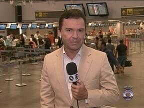 Aeroporto da capital tem movimento tranquilo na manhã de véspera de Natal - Aeroporto da capital tem movimento tranquilo na manhã de véspera de Natal