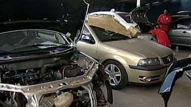 Por causa de imprudência, cresce número de batidas em Uberaba - Desrespeito à leis são motivos de aumento de acidentes no trânsito.