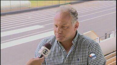 Comercial estreia sábado fora de casa - Técnico do time, Toninho cecílio fala sobre preparação.