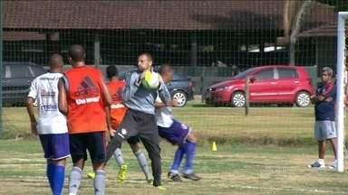 Fluminense realiza teste visando estreia no Campeonato Carioca - Time titular venceu amistoso por 2 a 0.