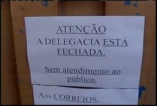 Prédio da Delegacia Civil em São João da Ponte corre risco de desabar - Local está fechado há sete dias. O atendimento é realizado atualmente na calçada.