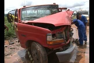 Em Altamira, o motorista de uma caminhonete morre na PA-415 - Outras quatro pessoas ficaram feridas.