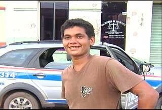 Jovem que acionou a polícia confessa assasinato em terreno abandonado - O rapaz que disse ter encontrado o corpo de um homem no bairro Centro, em Santarém, confessou ser o autor do assassinato.