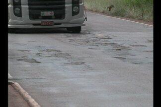 Veja a segunda reportagem da série sobre as estradas da região - A principal reclamação dos motoristas na ERS 342, é a falta de acostamento.