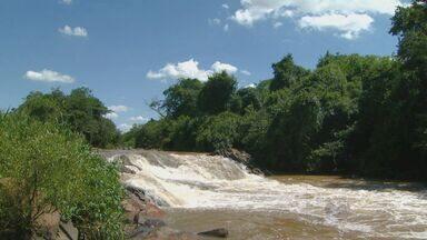 Nível abaixo do normal no Rio Atibaia pode causar racionamento de água na região - Rio Atibaia é a principal fonte de água para a região de Campinas. Neste período do ano é normal que o nível de água esteja maior do que é registrado neste ano.