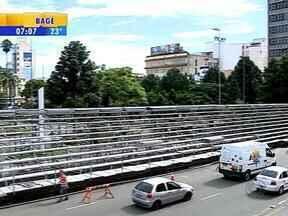 Interditada a montagem das arquibancadas para os desfiles da Festa da Uva de Caxias do Sul - Local estava irregular.