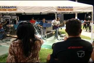 Música Gospel atrai mutidão à orla de Santarém - Várias bandas se reuniram para evento evangélico.