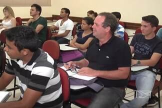 Calouros com mais de 40 anos ganham destaque nas universidades de Balsas - Motivo são as facilidades de acesso ao ensino superior.