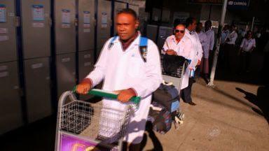 Ceará recebe mais 125 profissionais cubanos pelo Mais Médicos - Outros 125 devem chegar à capital cearense nesta quarta-feira (29).
