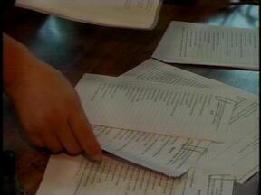 A duas semanas das aulas, pais se preocupam com os materiais escolares em Erechim, RS - Segundo escola, materiais coletivos são itens opcionais.