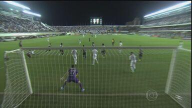 Santos vence o Corinthians por 5 a 1 pelo Campeonato Paulista - Com gols de Arouca, Gabriel, Bruno Peres e dois de Thiago Ribeiro, a equipe passou com facilidade pelo Corinthians. O próximo adversário do time será o Botafogo de Ribeirão Preto.