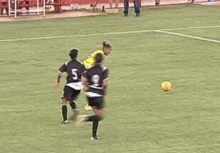 Universo representa Goiás na Copa do Brasil de Futebol Feminino - Equipe luta contra dificuldades e perde na estreia para equipe do Pará.