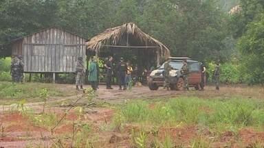 PF prende cinco índios suspeitos de desaparecimentos no Sul do AM - Dois filhos do cacique Ivan Tenharim, morto em dezembro, estão detidos.Sumiço gera conflitos na região; PF não divulgou informações sobre vítimas.