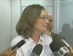 Ministra dos Direitos Humanos quer pedir afastamento do prefeito Adail - Maria do Rosário acredita que prefeito pode influenciar testemunhas.Ministra também quer processos do prefeito de Coari-AM na Justiça Federal.