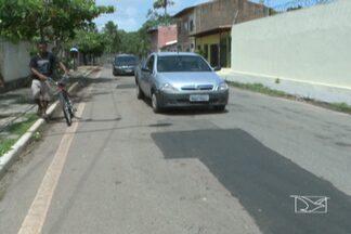 Após denúncia, prefeitura tapa buracos no Olho d'Agua, em São Luís - Problema atrapalhava principalmente motoristas.