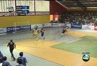 Lance normal: Luciano rouba bola, mas erra gol - Lance normal: Luciano rouba bola, mas erra gol