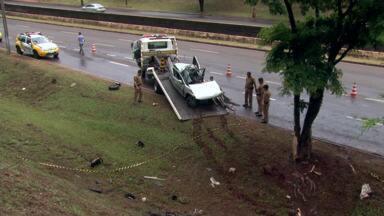 Trânsito de Londrina tem fim de semana violento - Três pessoas morreram em acidentes no sábado e no domingo.