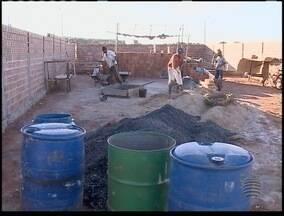 Moradores de Rancharia vivem sem água, energia e esgoto - SPTV encontrou situação no Jardim Brasília.