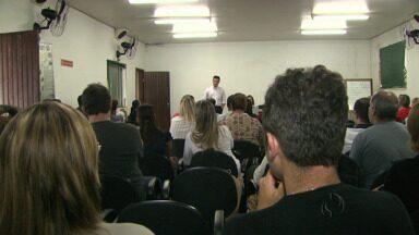 Começa treinamento para novos servidores da saúde em Londrina - O pessoal foi aprovado em um concurso que até agora está sendo contestado.