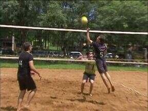 Fim de semana tem decisão no campeonato de vôlei de areia da RPCTV - Final vai ser disputada em Santa Helena.