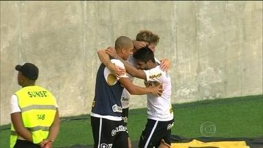 Reservas do Botafogo surpreendem titulares do Fluminense, e vencem clássico - Alvinegros goleiam rival em 3 a 0.
