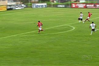 Viola marca três gols, e Anapolina vence o Trindade por 4 a 2 - Atacante rouba a cena no Jonas Duarte e assume artilharia do Goianão