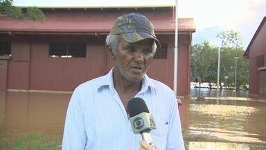 Ex-ferroviário que conhece comportamento do Rio Madeira conversou com o Rondônia TV - O ex-ferroviário explica opiniões e deduções a respeito da enchente.