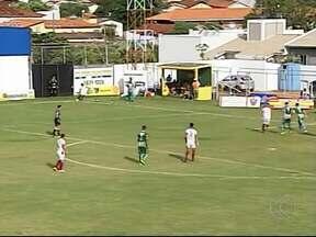 Em jogo de três expulsões, Mamoré bate Patrocinense e entra no G-3 - Com gols de Bruno Limão e Jean Santiago, time de Patos de Minas faz 2 a 0 e se recupera no Módulo II do Mineiro. Patrocinense termina rodada na lanterna