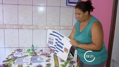 Distribuição de kit de material escolar vira problema para a prefeitura de São José - Alguns pais reclamam do atraso na entrega e da qualidade dos produtos.