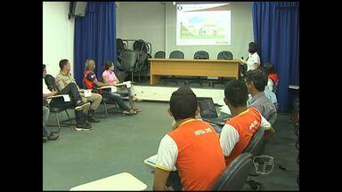 Agentes de defesa civil recebem orientações para enchentes - O treinamento da Defesa Civil estadual atinge representantes de vários municípios do oeste do Pará.