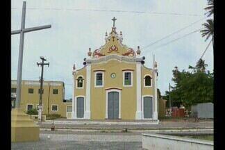 Arquidiocese afasta padre suspeito de abusar sexualmente de adolescente, em Pitimbu - Caso teria ocorrido em 2008 mas só foi divulgado na semana passada.