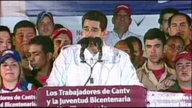 Presidente da Venezuela quer mudar imagem do governo chavista - Uma semana depois de expulsar três funcionários da diplomacia americana, Nicolás Maduro nomeou um novo embaixador para os EUA. As manifestações contra e a favor do governo continuam na Venezuela.