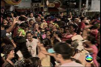 Bloco Rasgadinho agita multidão em Aracaju - Bloco Rasgadinho agita multidão em Aracaju