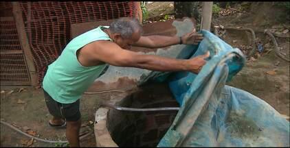 Diarréia atinge população mais carente e problema pode ser causado por água contaminada - Prefeitura de João Pessoa está entregando solução que pode deixar a água própria para o consumo humano. Hidratação deve ser utilizada em casos diagnosticados.
