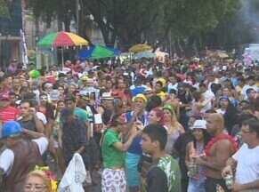 Tradicional banda do Cinco estrelas anima terça-feira de Carnaval em Manaus - Evento foi realizado no centro da cidade.