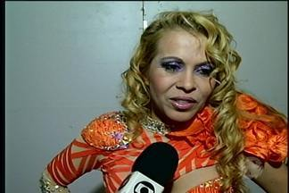 Foliões lotam orla de Petrolina no último dia de carnaval - Cerca de seis mil compareceram ao show da banda Calypso.