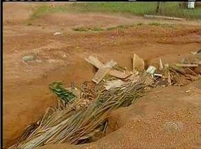Erosão em rua causa transtornos para moradores do setor Taquari, em Palmas - Erosão em rua causa transtornos para moradores do setor Taquari, em Palmas